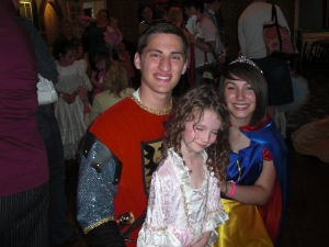 Snow White, Prince Charming and Isabel