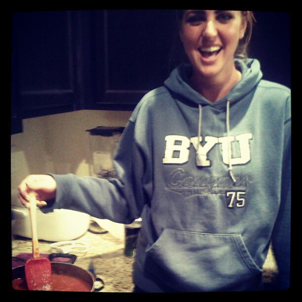 Taylor learning to cook