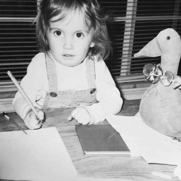 young Rachel blogger